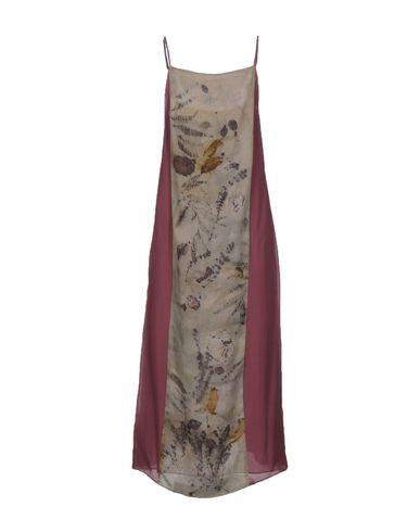 Фото - Женское длинное платье MAISON LAVINIATURRA розовато-лилового цвета