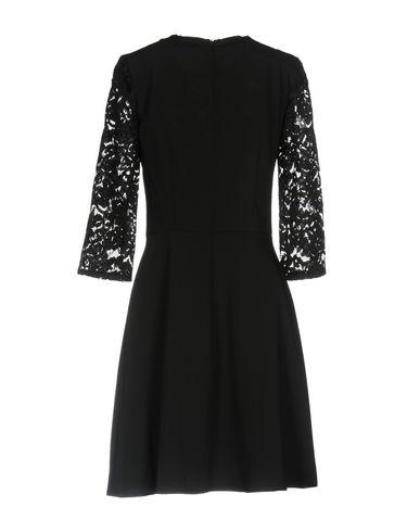 Фото 2 - Женское короткое платье RUE•8ISQUIT черного цвета