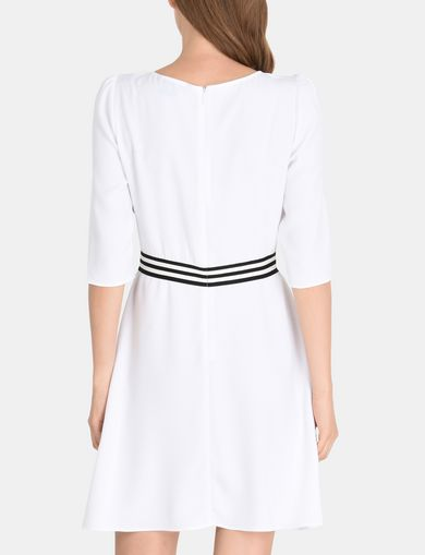 CONTRAST WAIST SWING DRESS
