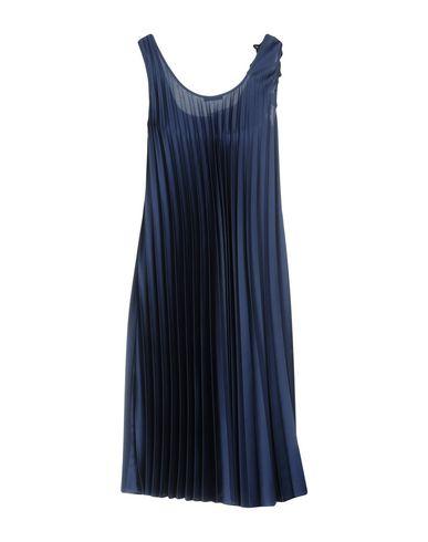 Фото 2 - Платье до колена от P.A.R.O.S.H. темно-синего цвета