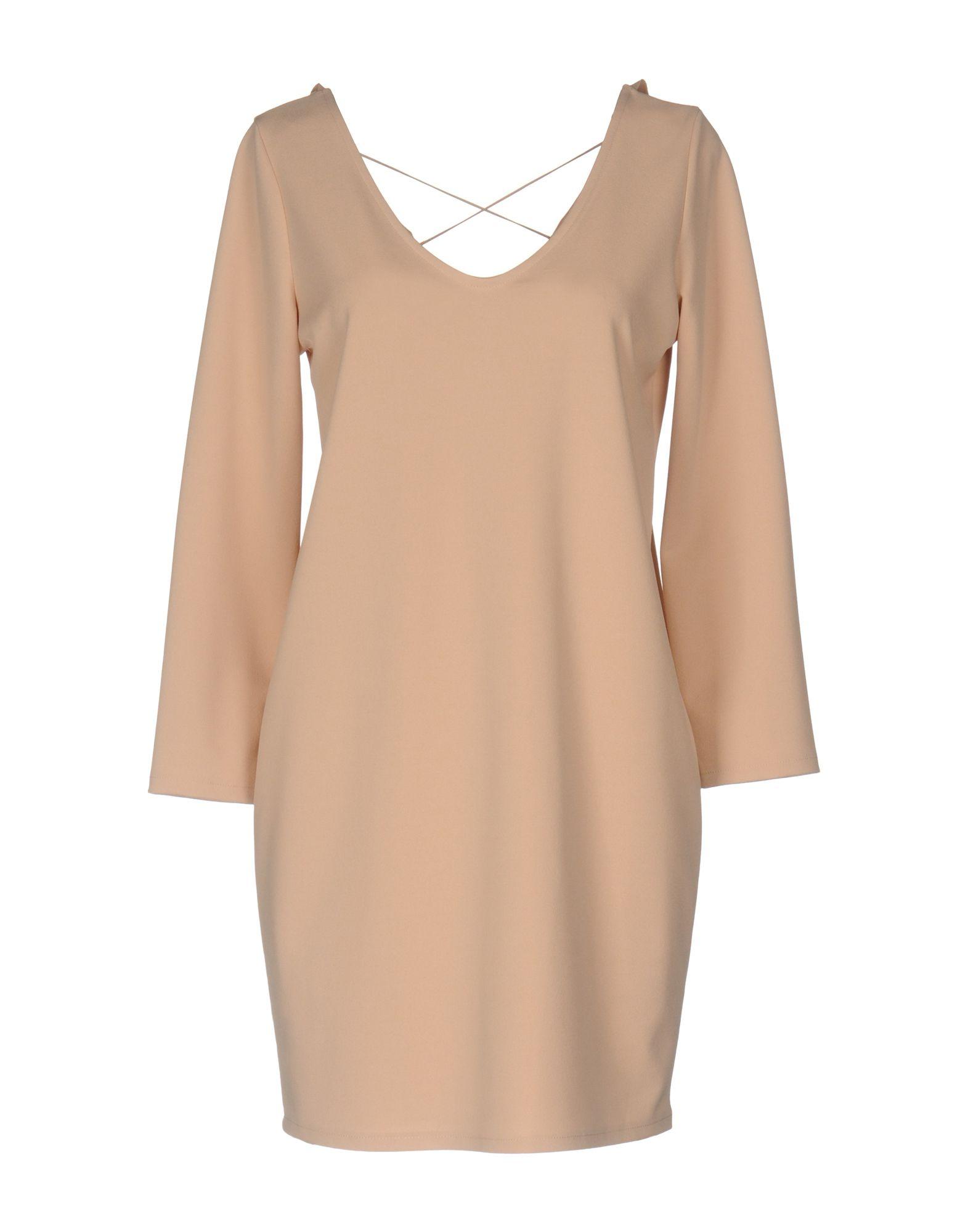 SOALLURE Короткое платье платье