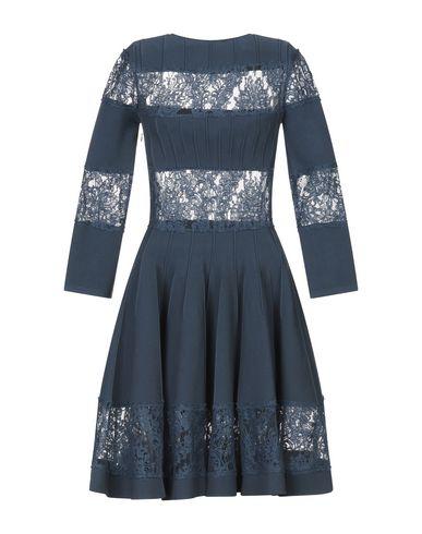 Фото 2 - Женское короткое платье  грифельно-синего цвета