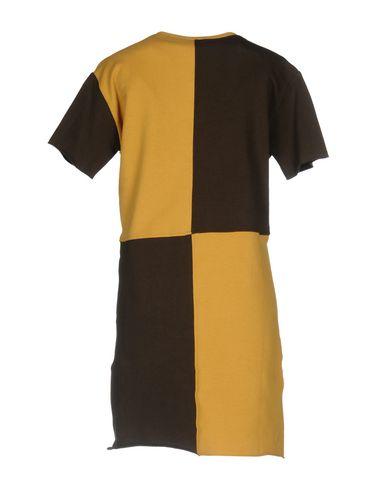 Фото 2 - Женское короткое платье JIJIL цвет охра