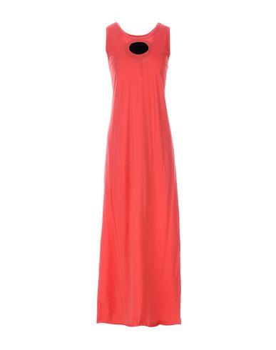 Фото - Женское длинное платье VIRGINIA BIZZI красного цвета