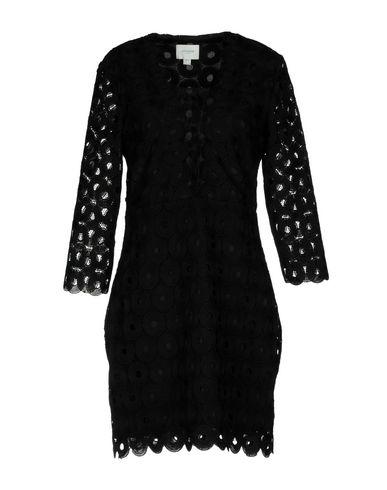 Фото - Женское короткое платье JOVONNA черного цвета