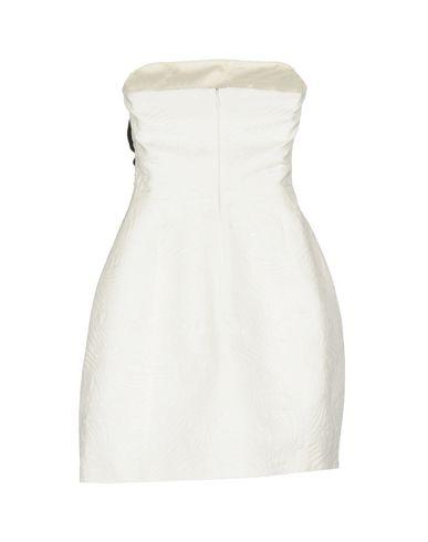 Фото 2 - Женское короткое платье CAPUCCI белого цвета