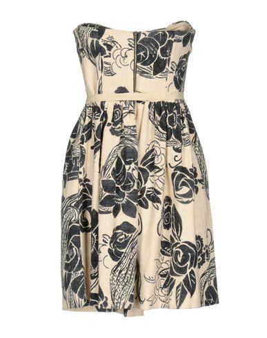 Фото 2 - Женское короткое платье JUCCA бежевого цвета