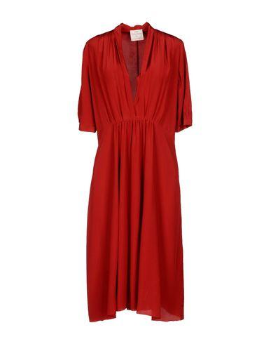 Фото - Платье до колена от FORTE_FORTE кирпично-красного цвета