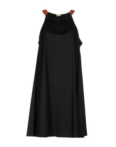 Платье до колена размер 44 цвет черный