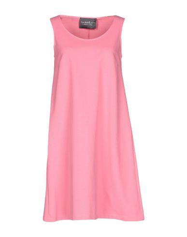 Короткое платье eWOOLuzione