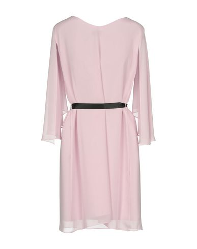 Фото 2 - Женское короткое платье KITTE розового цвета