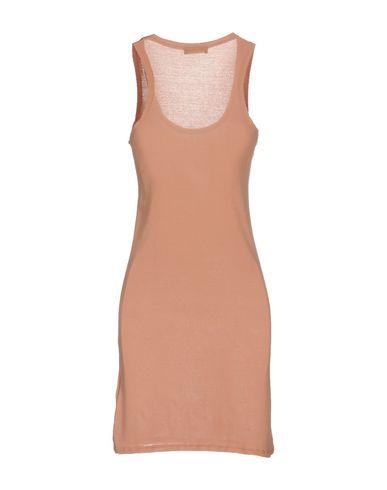 Фото 2 - Женское короткое платье SOALLURE цвет телесный