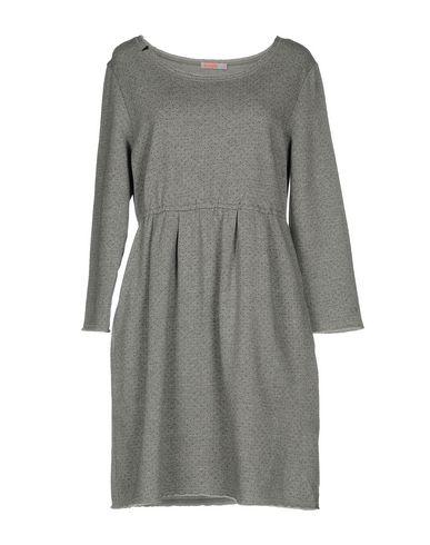 Фото - Женское короткое платье SUN 68 серого цвета