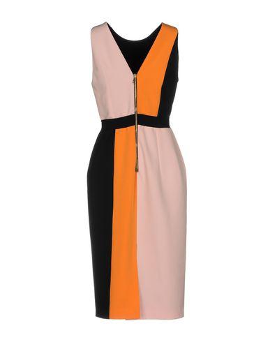 Фото 2 - Платье до колена от MARCO BOLOGNA розового цвета
