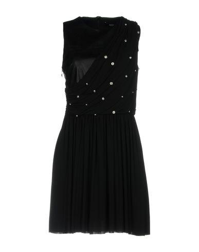 Фото - Женское короткое платье VERSUS VERSACE черного цвета