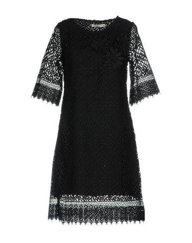 Фото - Женское короткое платье DARLING London черного цвета
