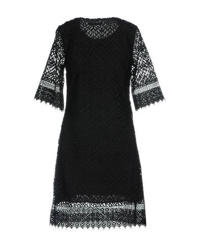 Фото 2 - Женское короткое платье DARLING London черного цвета
