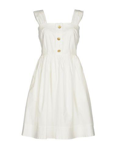Фото - Платье до колена от DARLING London белого цвета