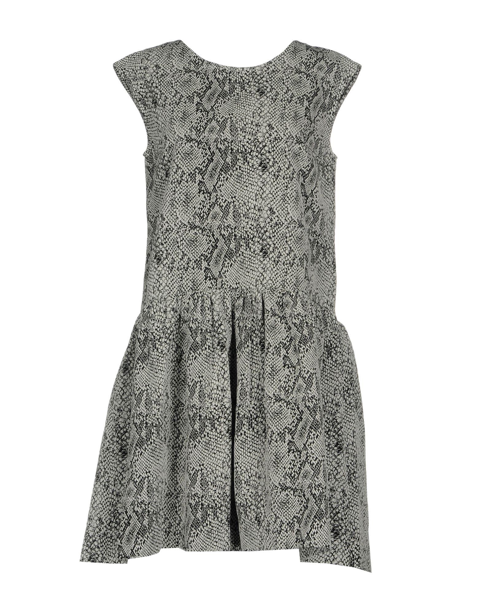 D.EFECT Short Dress in Black