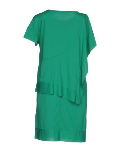 Фото 2 - Женское короткое платье OBLIQUE CREATIONS зеленого цвета