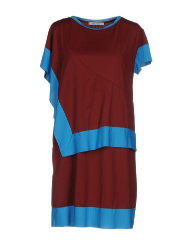 Фото - Женское короткое платье OBLIQUE CREATIONS кирпично-красного цвета