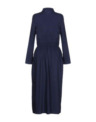 Фото 2 - Женское длинное платье BARENA темно-синего цвета