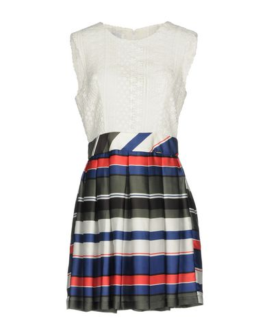 Фото - Женское короткое платье ANNARITA N TWENTY 4H белого цвета