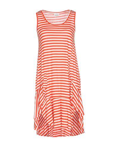 Фото - Платье до колена от BERNA красного цвета