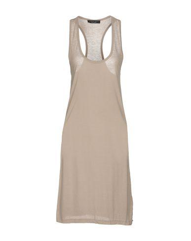 Фото - Платье до колена от TWINSET серого цвета