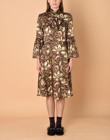 Фото 2 - Платье длиной 3/4 от GEORGE J. LOVE коричневого цвета