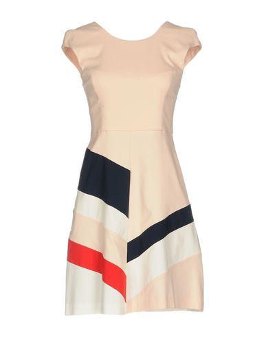 Фото - Женское короткое платье ANNARITA N TWENTY 4H светло-розового цвета