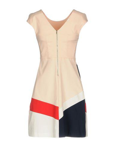 Фото 2 - Женское короткое платье ANNARITA N TWENTY 4H светло-розового цвета