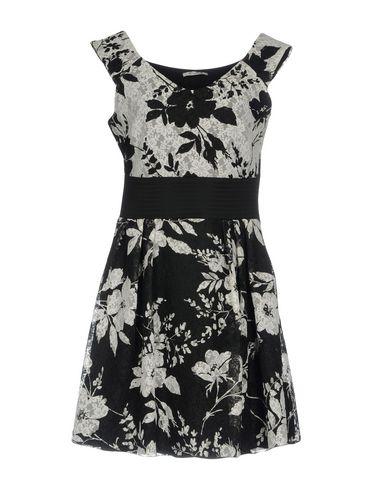 Фото - Женское короткое платье EVOE черного цвета