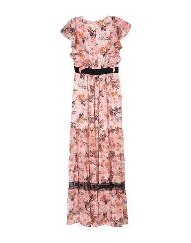 Фото 2 - Женское длинное платье ANNARITA N. розового цвета