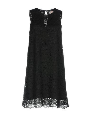Купить Женское короткое платье SWEET SECRETS черного цвета