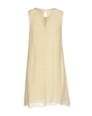Фото 2 - Женское короткое платье SWEET SECRETS цвет слоновая кость