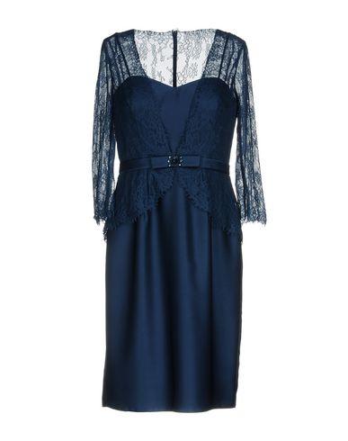 Фото - Платье до колена от PASTORE COUTURE темно-синего цвета