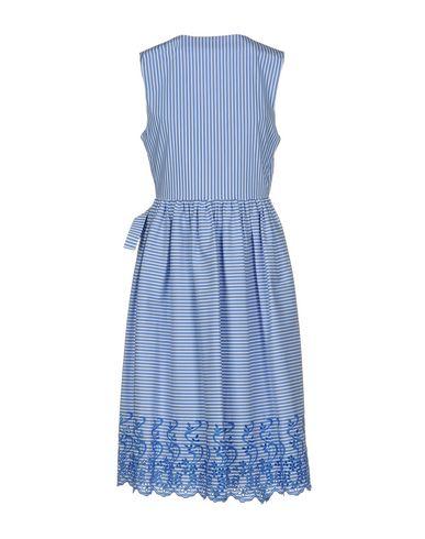 Фото 2 - Платье до колена от P.A.R.O.S.H. лазурного цвета