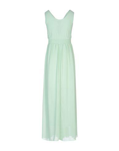 Фото 2 - Женское длинное платье NO SECRETS светло-зеленого цвета