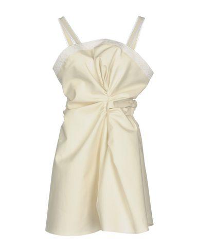 Короткое платье от JACQUEMUS
