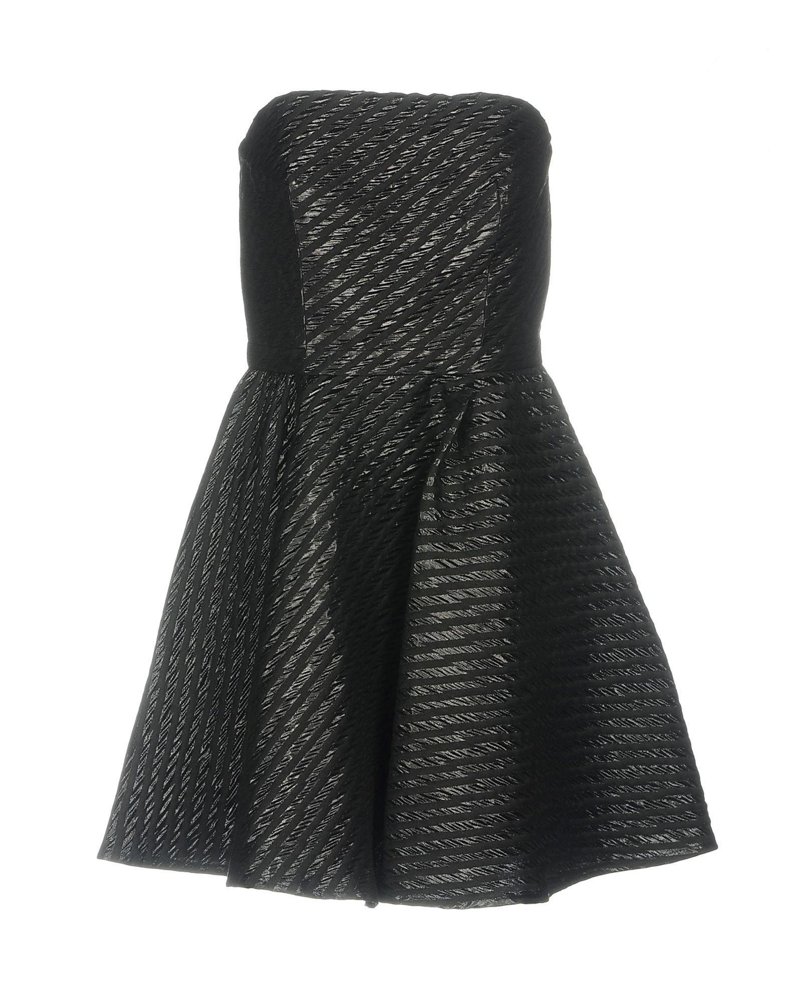 ANNIE P. Короткое платье