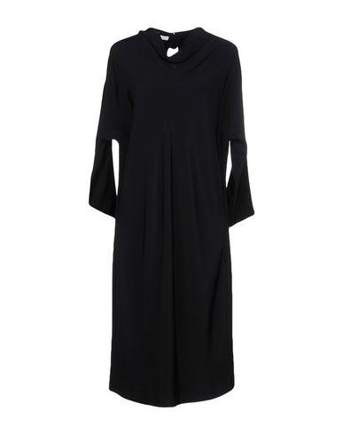 Фото - Платье до колена от 7 CHIC AVENUE черного цвета
