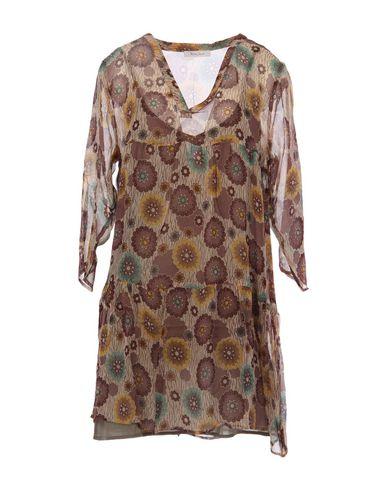 Короткое платье от BELLA JONES