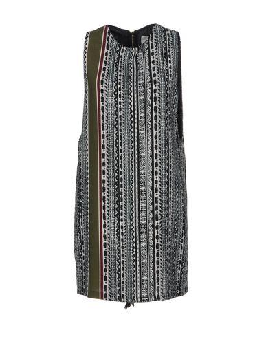 Короткое платье размер 38, 40, 42 цвет черный