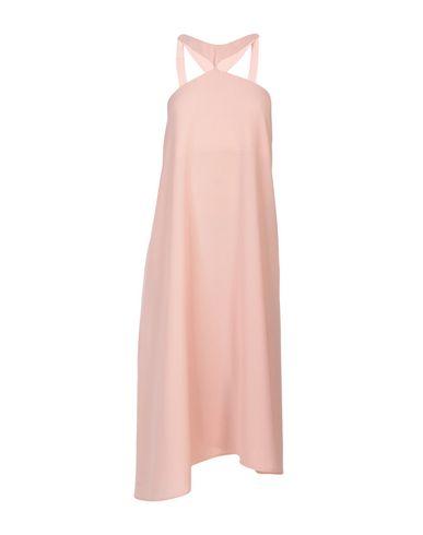 Фото - Женское длинное платье JOVONNA розового цвета