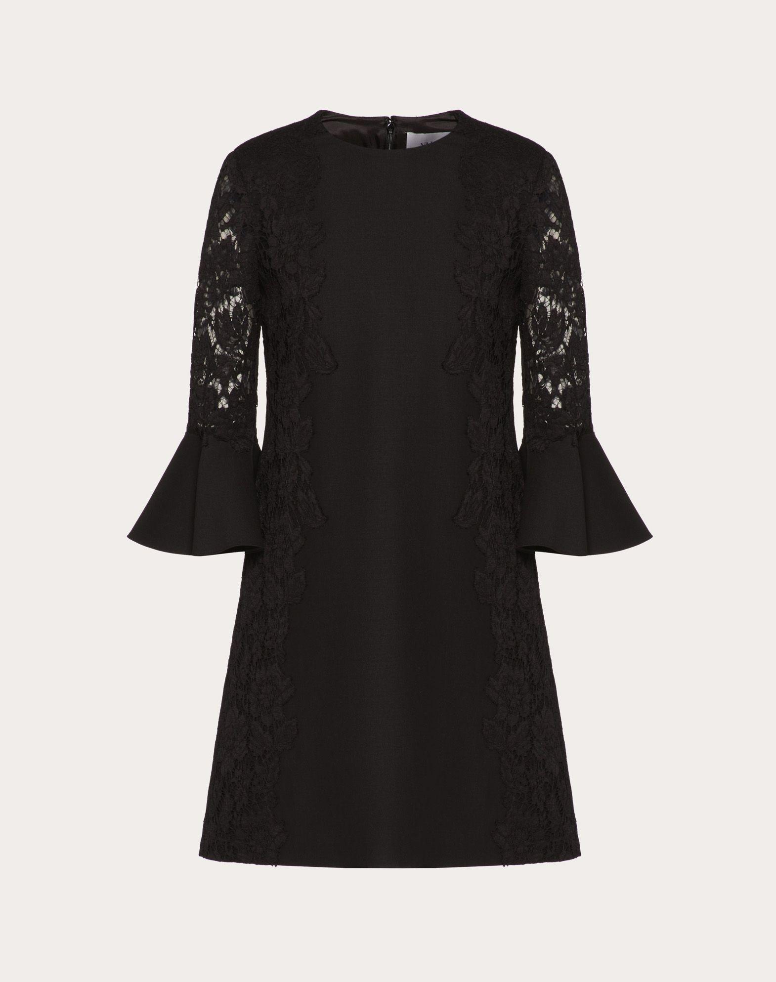 Robe en crêpe couture et guipure