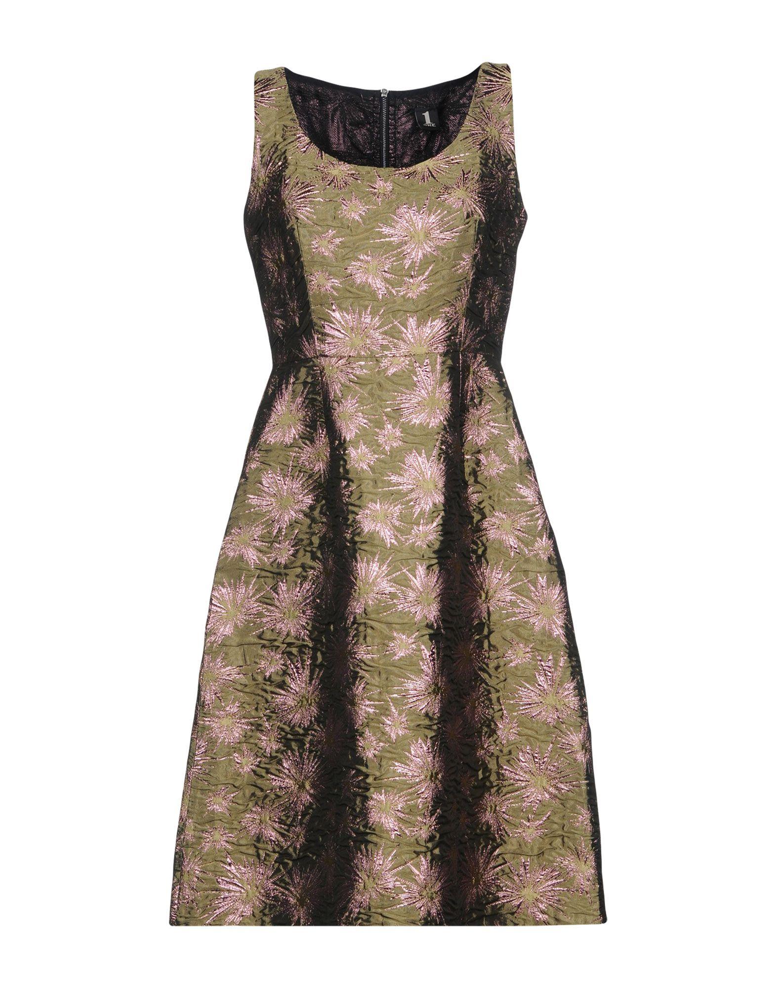 купить 1-ONE Платье до колена по цене 17550 рублей