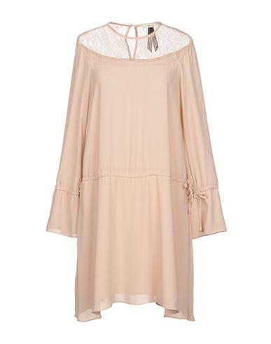 Короткое платье размер 44