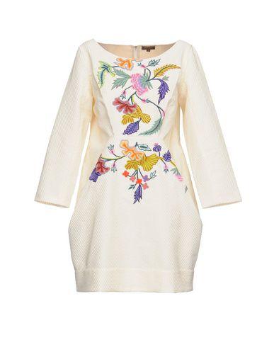 Фото - Женское короткое платье VINEET BAHL белого цвета