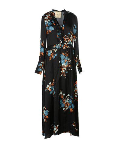 Фото - Женское длинное платье CRILLA NANÀ черного цвета